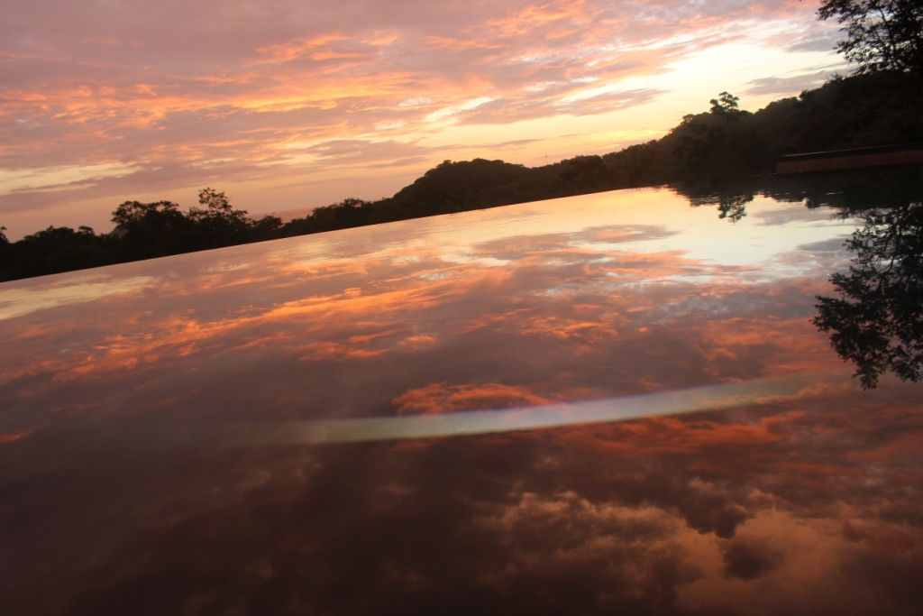 piscine et reflet 2